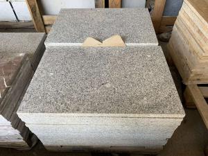 Žulová dlažba - obklad Šedá žula, 40x60x2 lesk