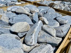 Akron, okrasné kameny