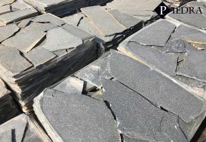 Kamenná dlažba / obklad 20-50 cm Black, šlapáky do betonu